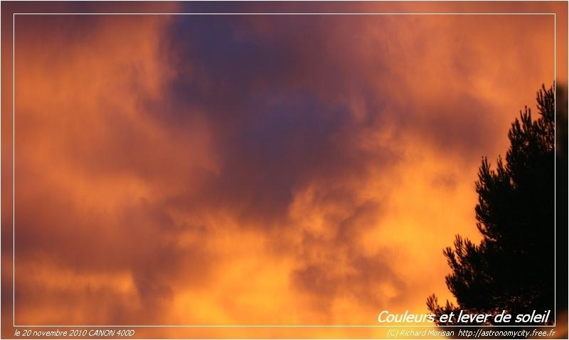 Lever de soleil coloré Crbst_ciel-bleu7_cadre